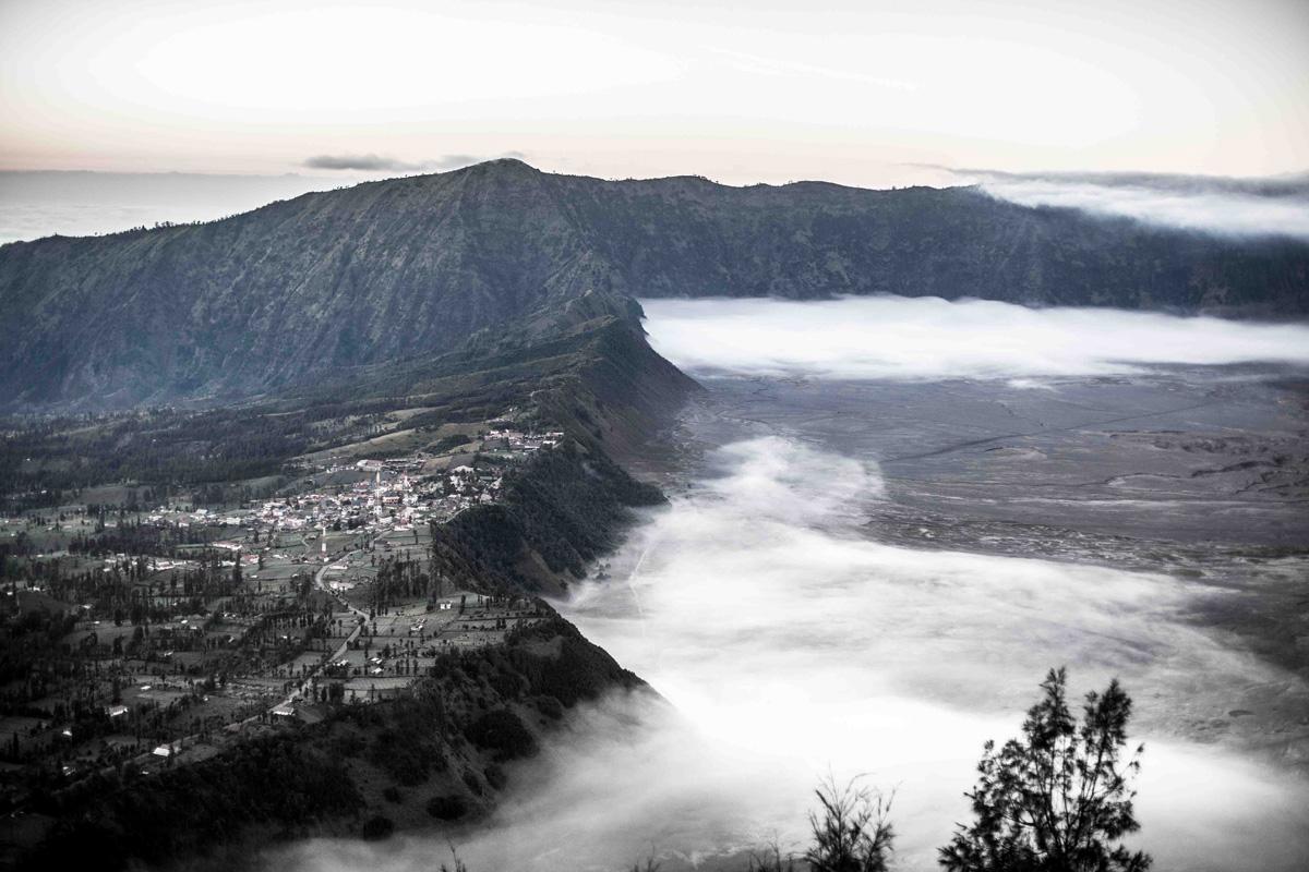 La Balade du Jour : Sur les volcans de Java en Indonésie ! Par Eva Cassou (BonusVid.13mn) Java-EvaCassou-LesOthers-16