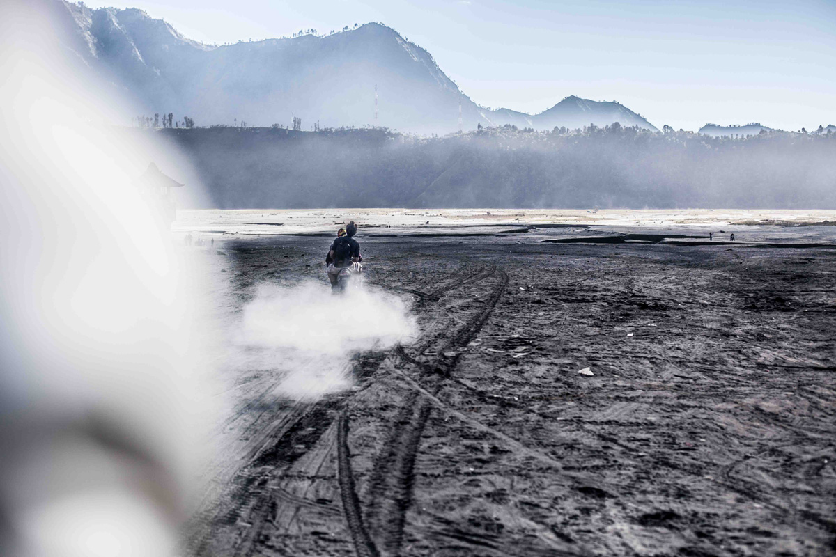La Balade du Jour : Sur les volcans de Java en Indonésie ! Par Eva Cassou (BonusVid.13mn) Java-EvaCassou-LesOthers-24