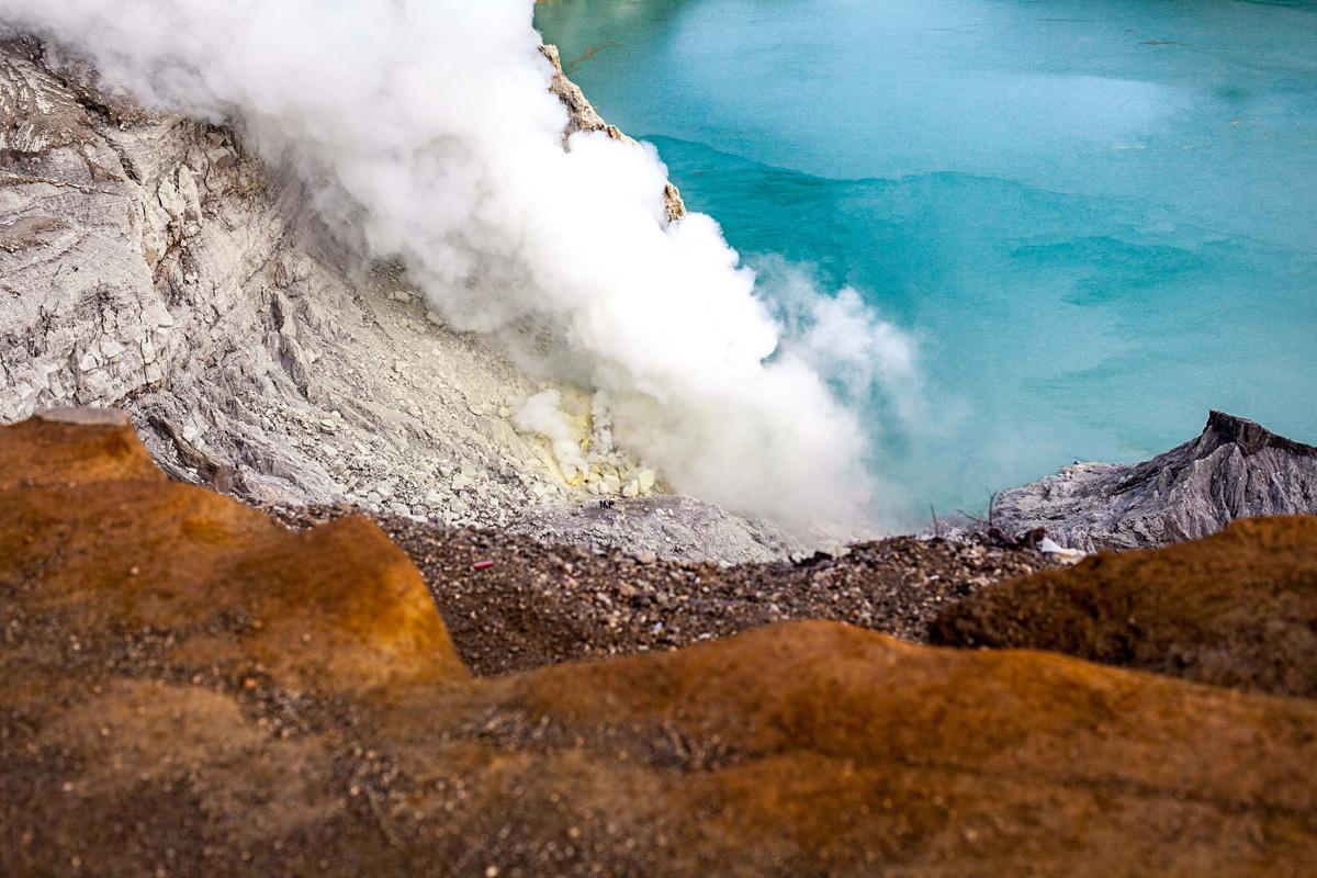 La Balade du Jour : Sur les volcans de Java en Indonésie ! Par Eva Cassou (BonusVid.13mn) Java-EvaCassou-LesOthers-4
