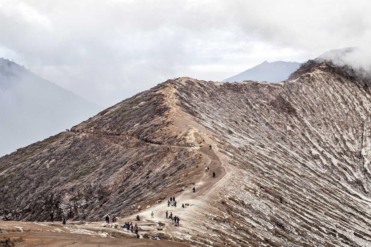 La Balade du Jour : Sur les volcans de Java en Indonésie ! Par Eva Cassou (BonusVid.13mn) Java-EvaCassou-LesOthers-5
