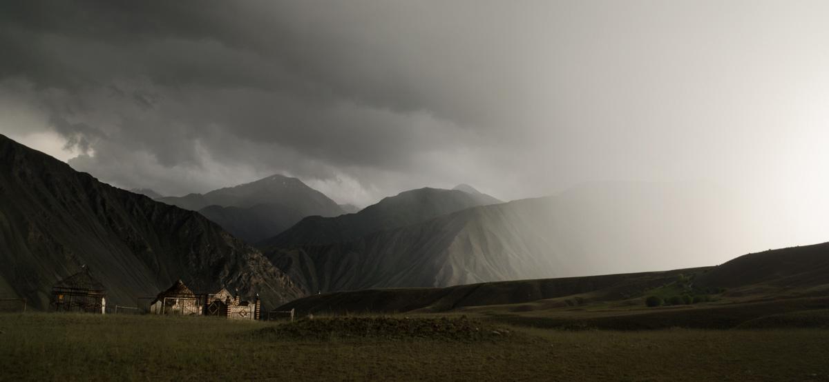 La Balade du Jour : Une traversée du Kirghizistan à vélo ! Par Natacha de Mahieu Natacha-Mahieu-Kirghizistan-lesothers-1